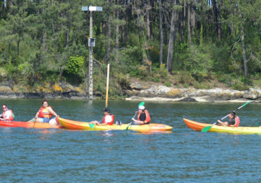 Kayak a Cortegada y Ruta de Senderismo